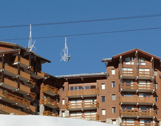 Ski Lift Apartments-Les Sentiers du Tueda-Meribel Mottaret-France