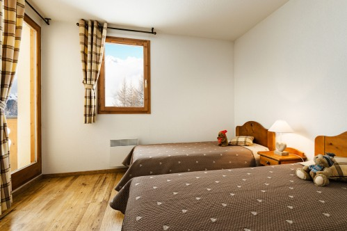 L'Arollaie Peisey Vallandry Twin beds
