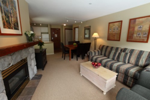 A 2 Bedroom Suite - Aspens on Blackcomb - Whistler - Canada