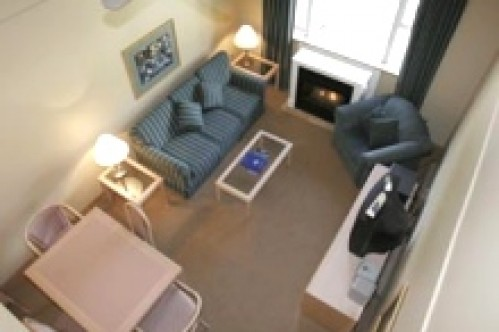 A One Bedroom Suite Loft from above - Glacier Lodge Boutique Hotel - Whistler - Canada
