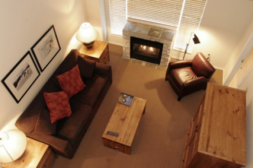 A Deluxe One Bedroom Suite + Loft from above - Glacier Lodge Boutique Hotel - Whistler - Canada