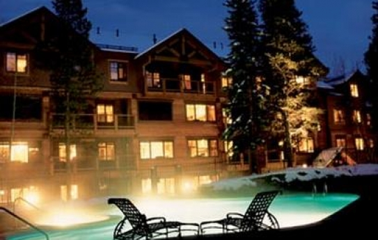Heated Outdoor Pool - Mountain Thunder Lodge - Breckenridge