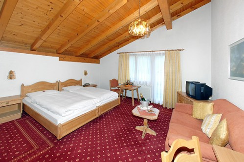 Family Room at Treff Hotel Sonnwendhof - Engelberg - Switzerland