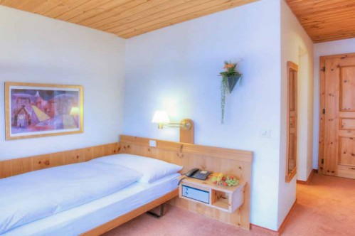 A Single Comfort Room at Sunstar Hotel Flims