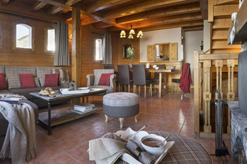 Four Bedroom Apartment with Sauna - Le Hameau de la Sapiniere - Les Menuires - France; Copyright: E. Perdu