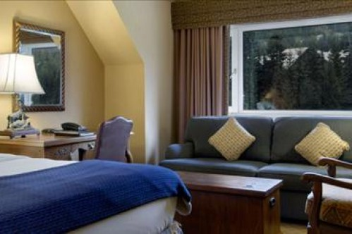 Deluxe Room - Fairmont Chateau Whistler