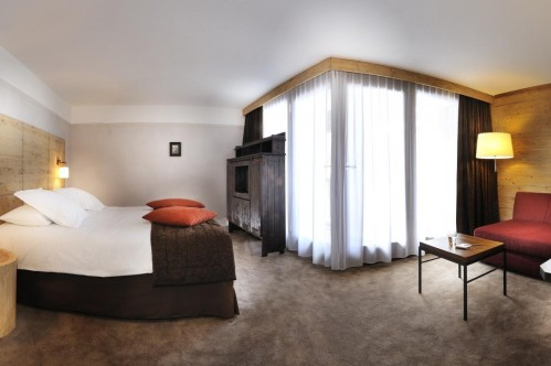 Hotel L'Aigle des Neiges - Luxe room; Copyright: P LEROY