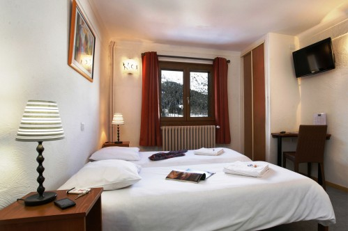 Hotel Le Genepi - Bedroom