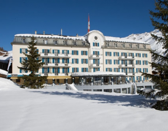 The Hotel du Glacier in the very centre of Saas Fee