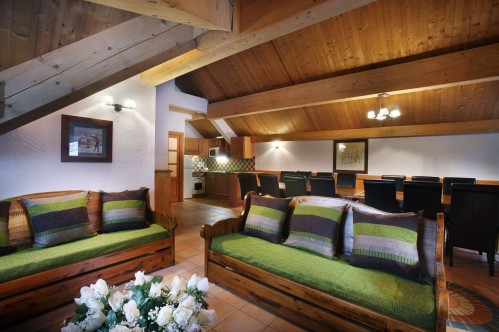7 bedroom apartment in Oz en Oisans