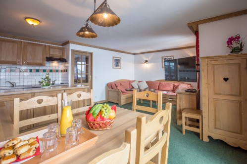 14 person apt Sun Valley La Plagne