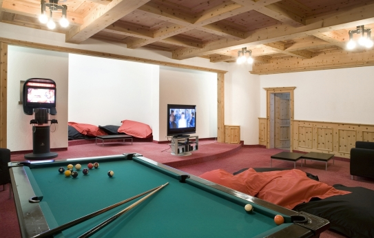 The comfortable games room at the Hotel Strela in Davos