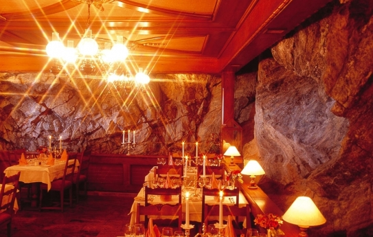 The Dining Room with Rock Features - Hotel Tschugge - Zermatt - Switzerland