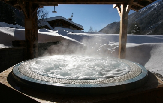 The Jacuzzi - Hotel Les Grands Montets - Argentiere - France