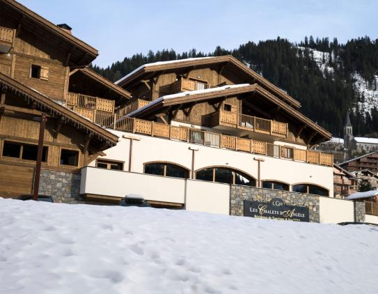 The exterior of Les Chalets d'Angele - Chatel - France