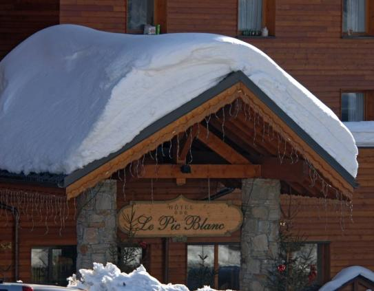 Hotel Le Pic Blanc - Exterior