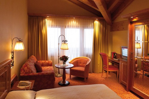 Single Room at Chalet Hotel Schönegg - Zermatt - Switzerland