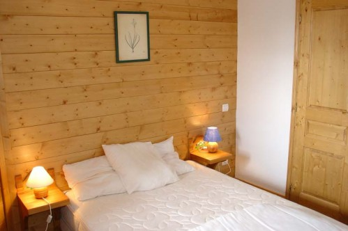 An example of a bedroom at the Lodges at des Alpages