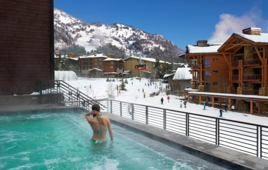 Infinity pool at Hotel Terra - Jackson Hole