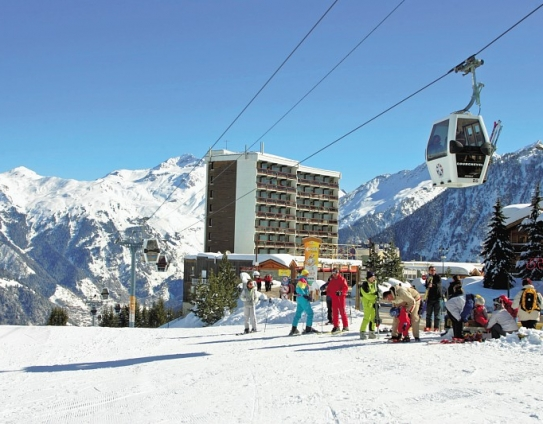 Ski Slope Accommodation-Les Ecrins-Courchevel-France