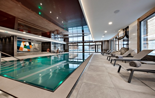 Pool wellness Residence Alexane MGM
