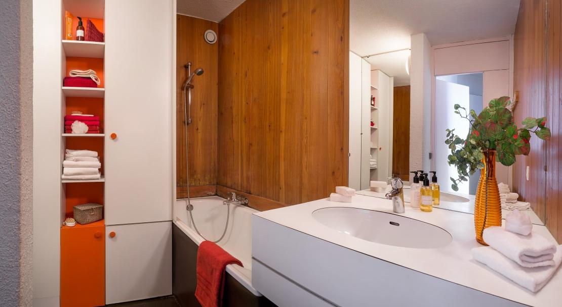 Bellecote, La Plagne, Apartment Bathroom