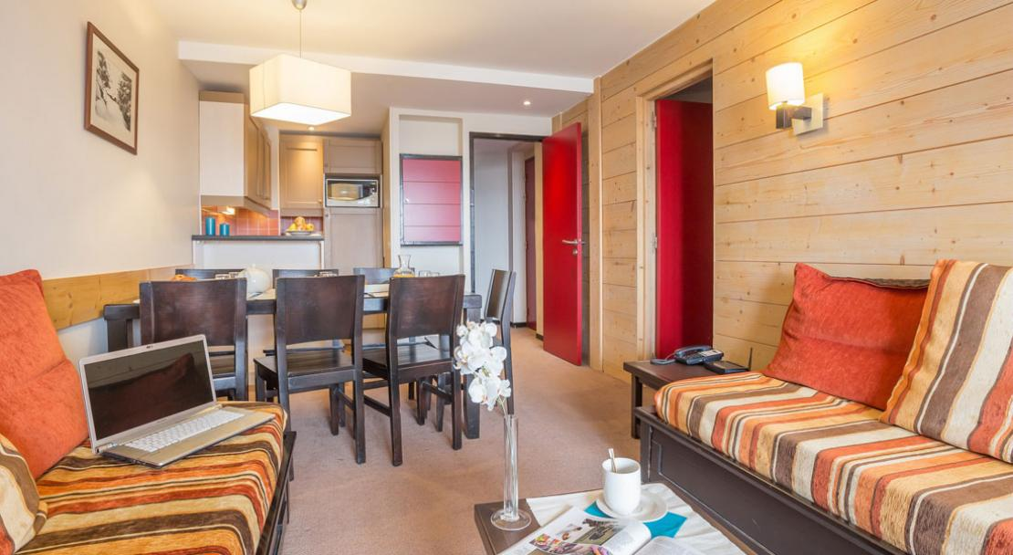 Dining Area and Living Room - Le Tikal - Pierre & Vacances - Val Thorens