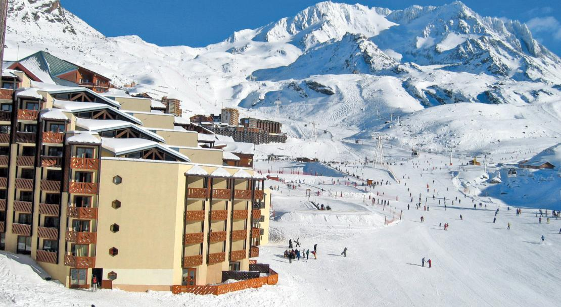 Exterior and Slopes Les Temples du Soleil Val Thorens