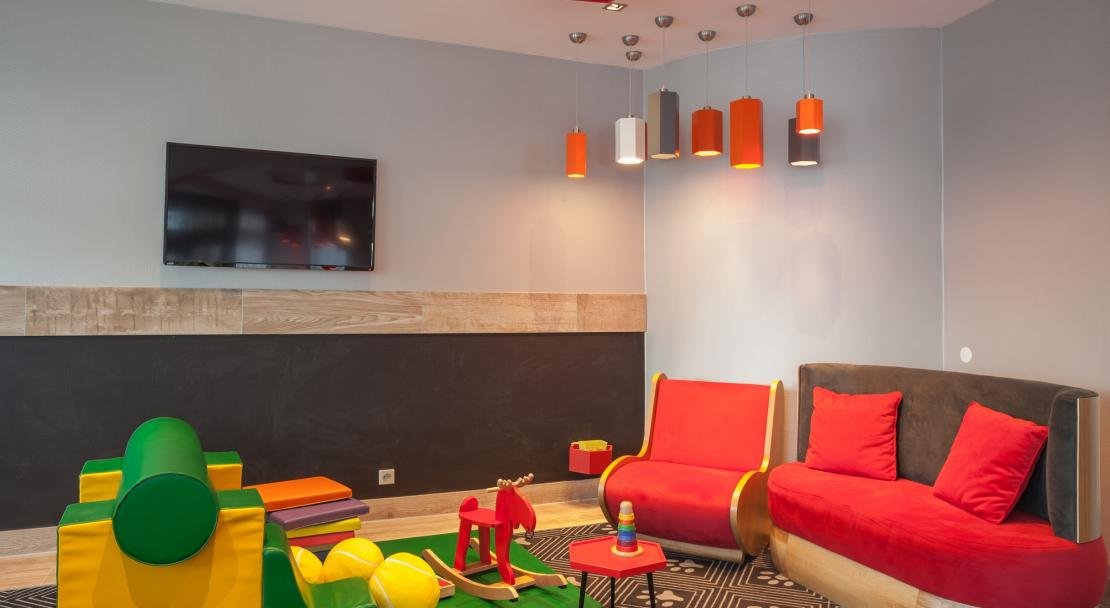 Hotel Royal Ours Blanc Alpe d'Huez  kids play area