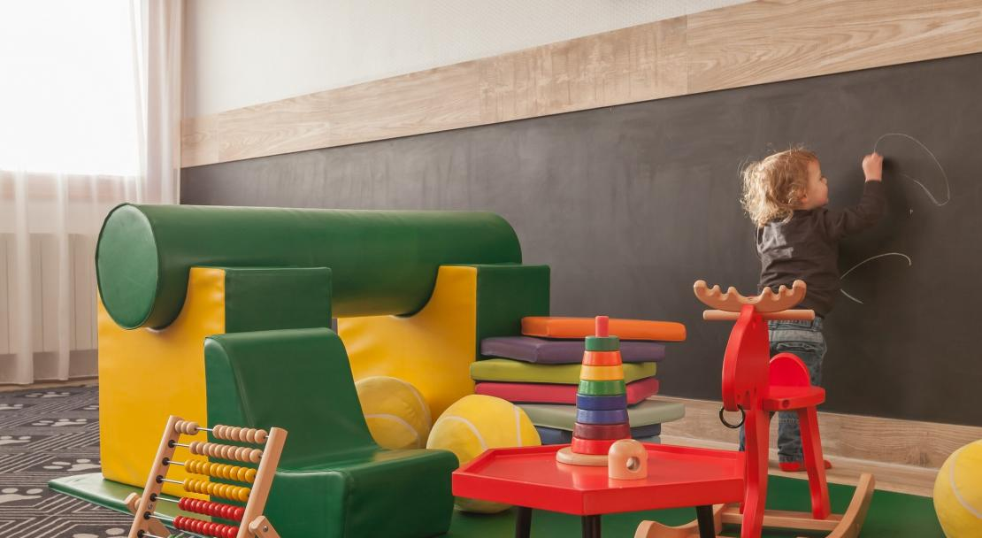 Kids area at Hotel Royal Ours Blanc Alpe d'Huez  (51)