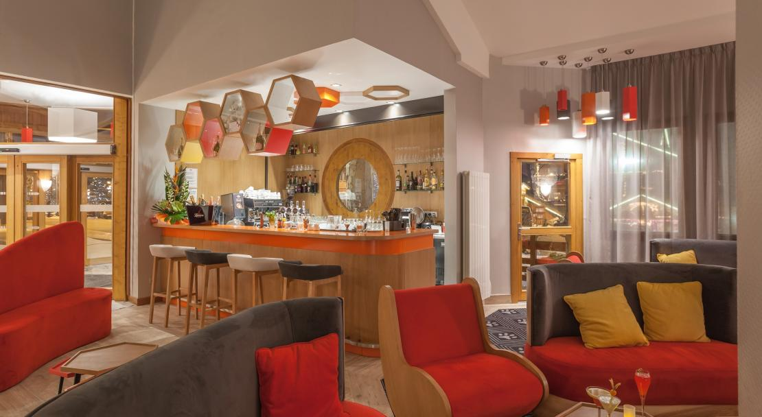 The communal lounge at Hotel Royal Ours Blanc Alpe d'Huez
