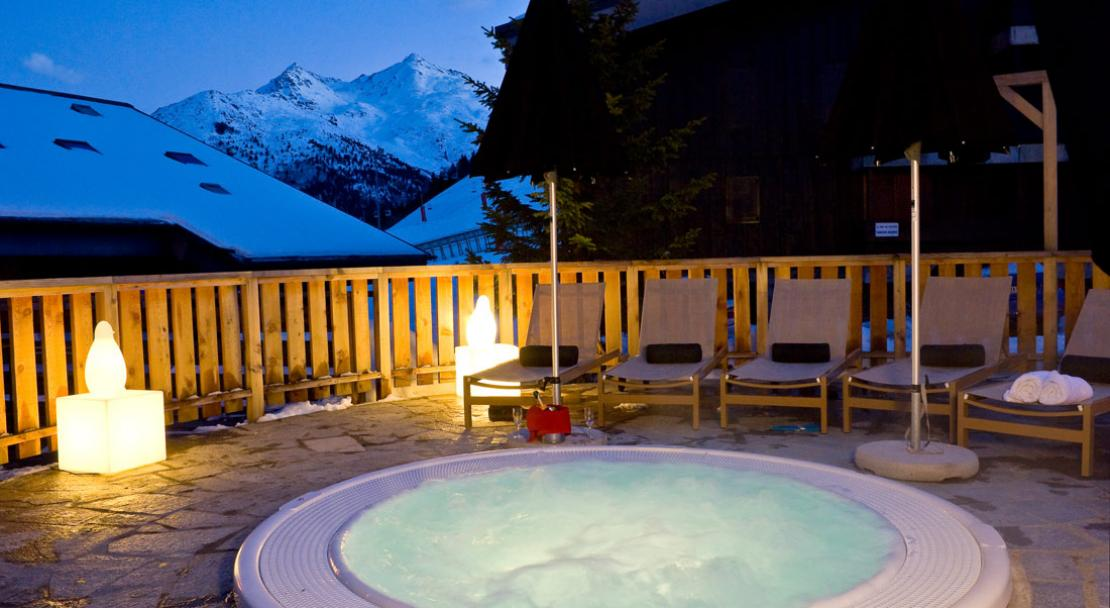 Hôtel Le Mottaret - Madame Vacances | Meribel | PowderBeds