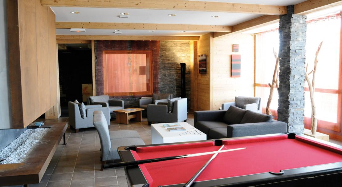 Pool table in Le Roc Belle Face Les Arcs