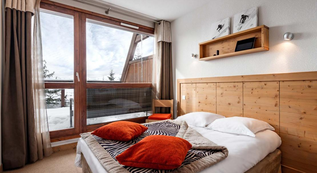 Le Roc Belle Face Les Arcs Double Bedroom 2