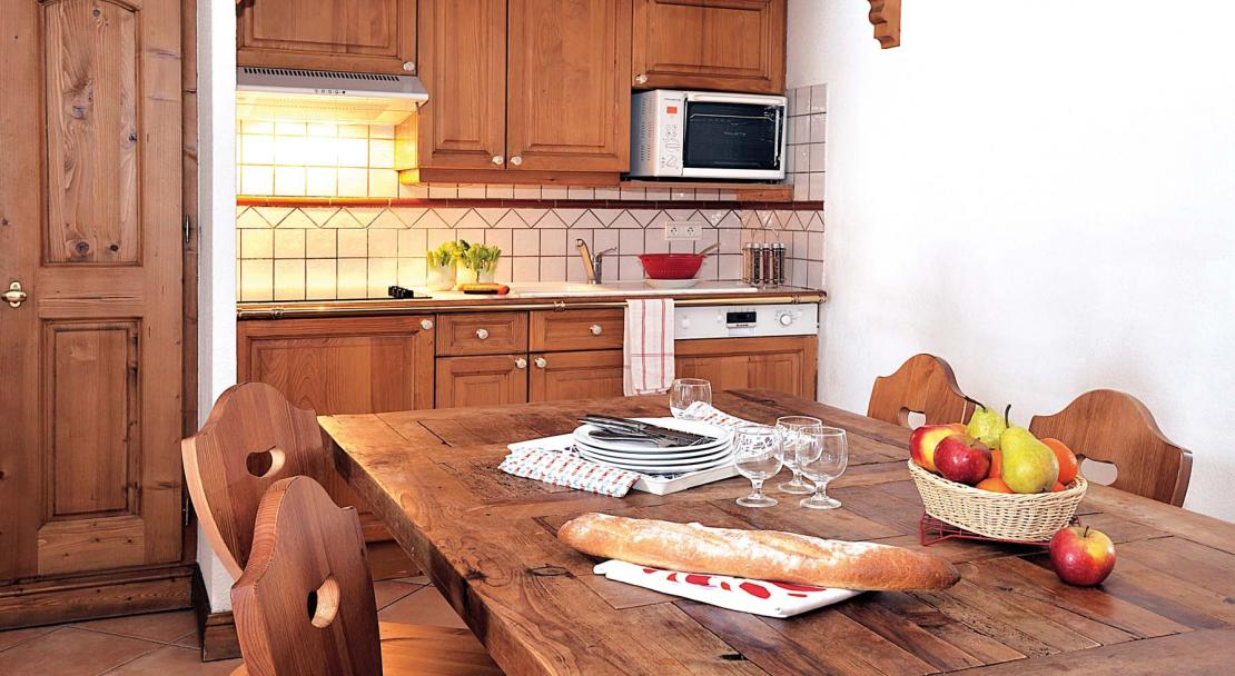 Cristal d'Argentiere Dining Kitchen 2