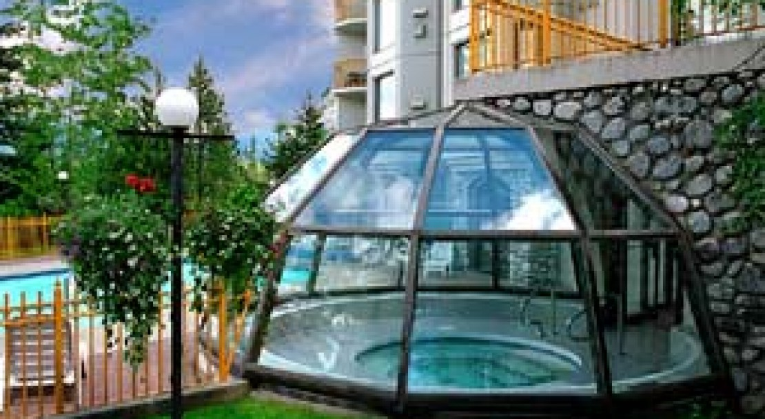 The Marquise Dome Covered Hot Tub