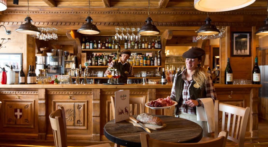Bar in Hotel AlpenRuitor Meribel