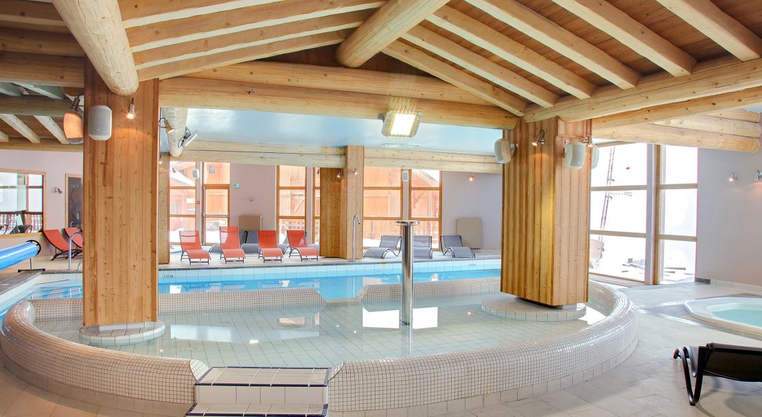 Les Balcons de Val Thorens Swimming Pool; Copyright: Les Balcons