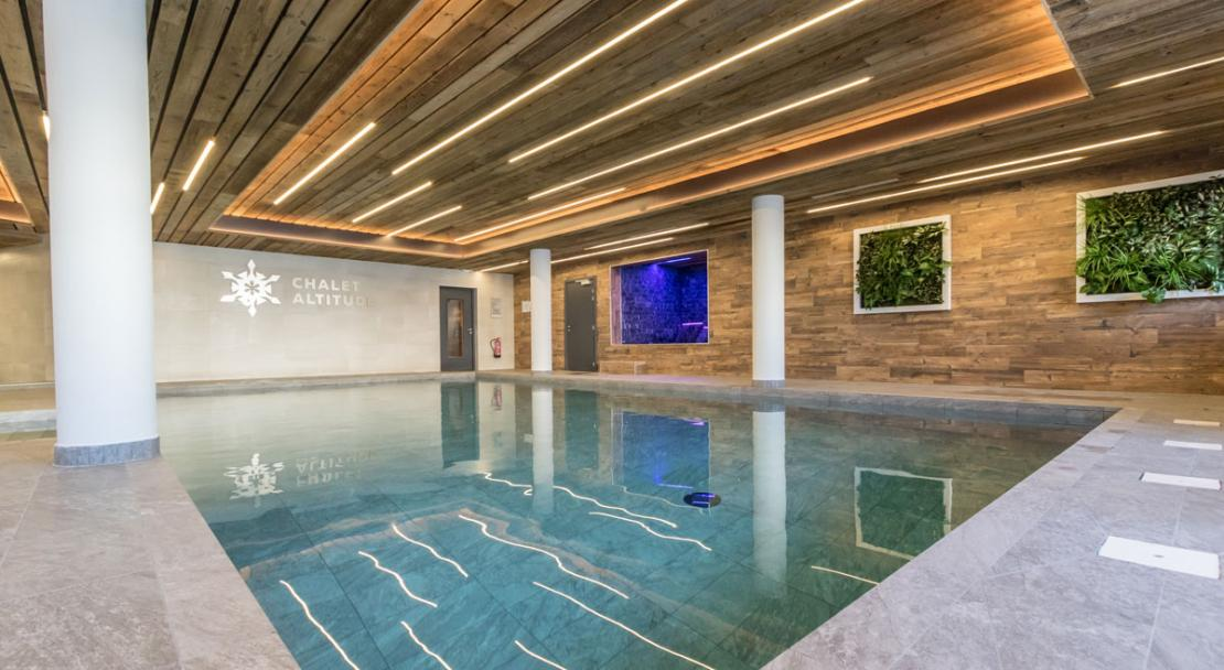 Swimming pool Chalet Altitude spa wellness Arc 2000
