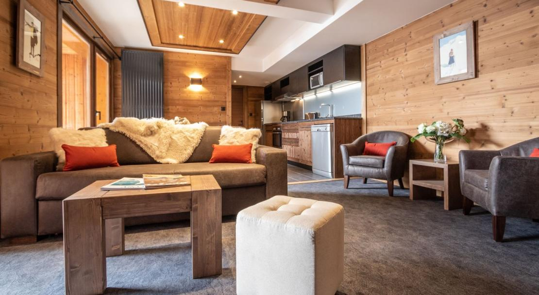Chalet Altitude living area; Copyright: Chalet Altitude, Val Thorens