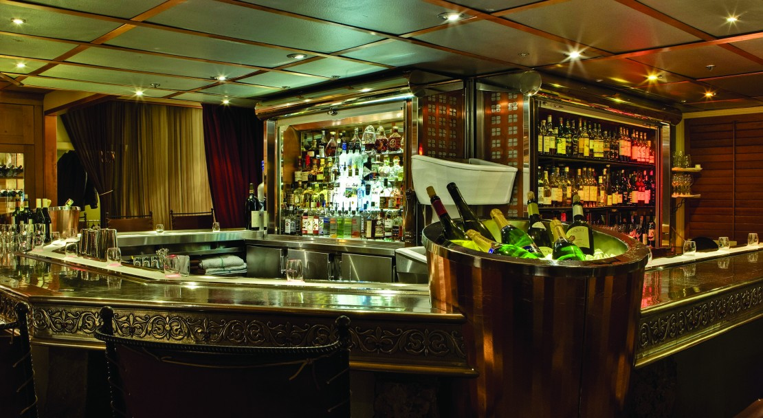 The bar at the Listel Hotel