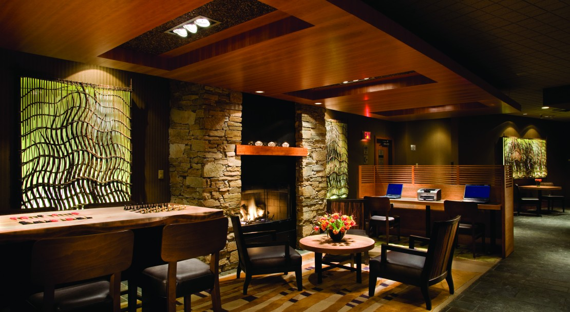 The Listel Hotel Whistler's Lounge