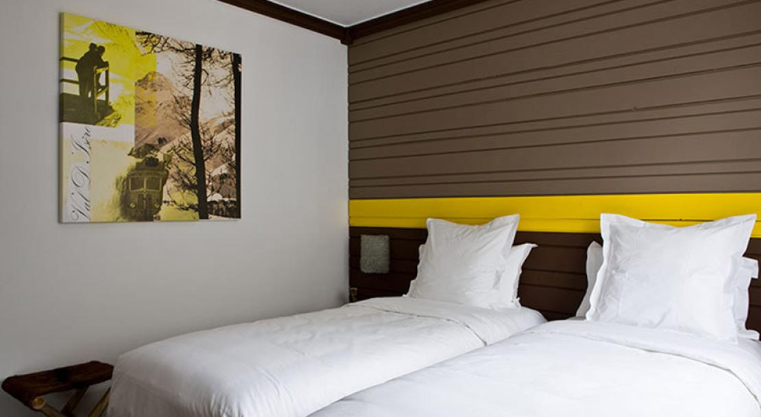 Hotel Ormelune - Bedroom - Yellow