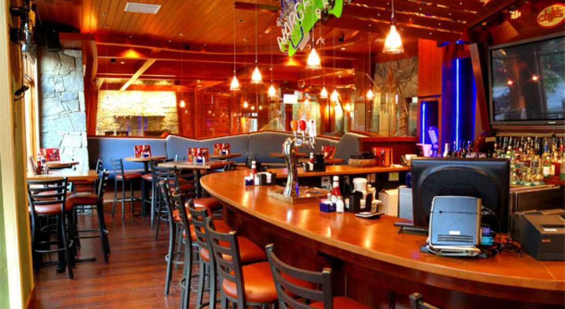 Chili's Bar - Fox Hotel and Suites – Banff