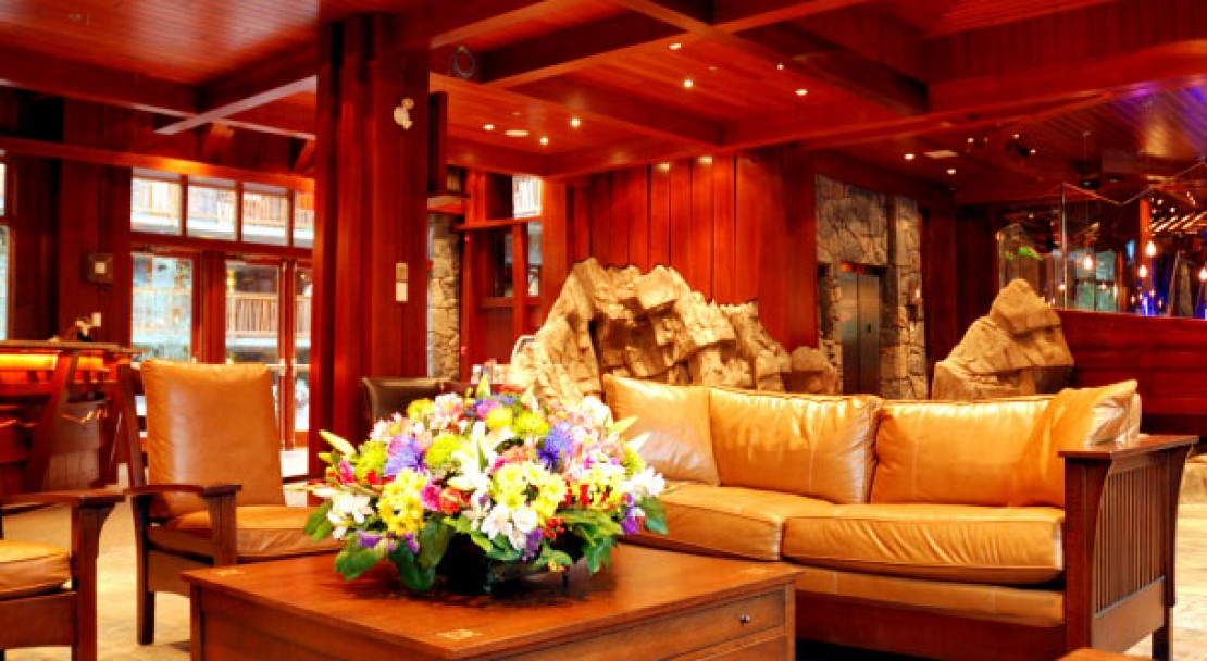 Lobby - Fox Hotel and Suites – Banff