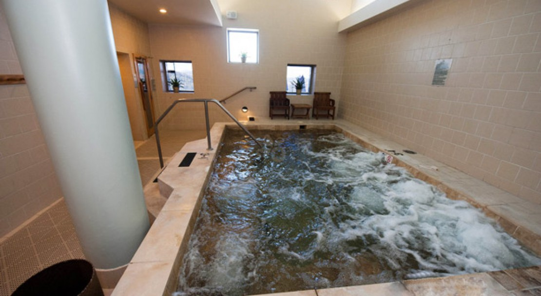 Hot tub at the The Peaks Resort & Spa - Telluride