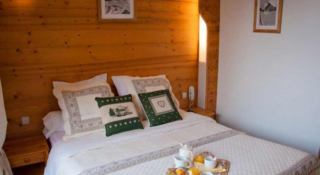 Hotel Les Ancolies - Double Bedroom