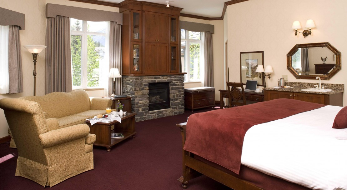 King Executive Suites at Delta Banff Royal Canadian Lodge