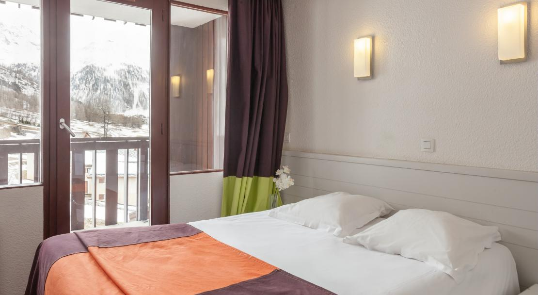 Double Room La Daille Val d'Isere