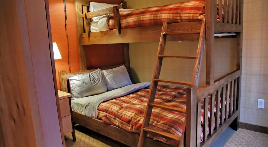 Bunk beds at Inns of Banff
